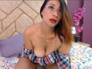 xLoveCam ColetteSmith sexchat