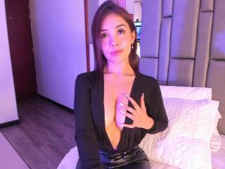 free xLoveCam LinsayColemann porn cams live