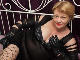 xLoveCam LadyHoney sex cams porn xxx