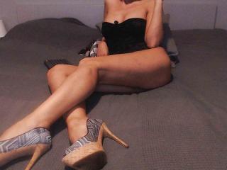 Webcam model PrettyEllen profile picture