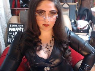 Voir le liveshow de  LadyDominaX de Xlovecam - 39 ans - Rules 4 visitors:1-Obey at once.2-Mind your business&tip.3-Stay on your knees with your eyes d ...