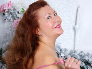 JuicyXSandra sexy cam girl