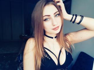 LauraForLove Cam
