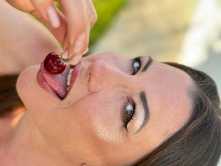 xLoveCam FrancaiseAnnaDom sex cams porn xxx