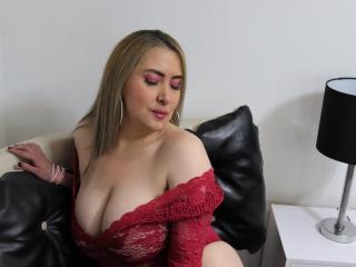 xLoveCam LexiGuzman sex cams porn xxx
