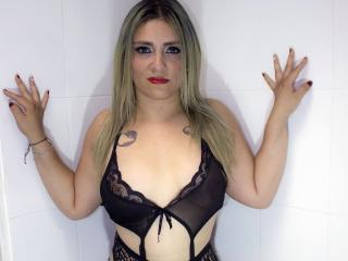 BlondeCreampi69 Show