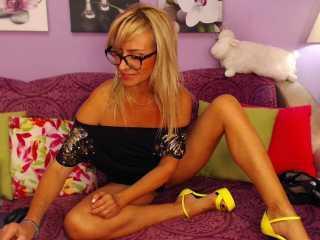 sexy freecams xLoveCam MarinaBlondy adult webcams videochat