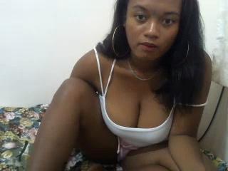 free xLoveCam HotSasa porn cams live