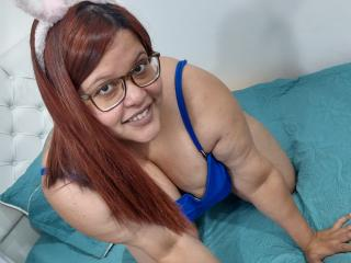 AngelBotero nude on cam