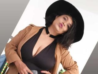 xLoveCam SamantaMilf NudeChat Cam