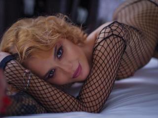 free xLoveCam LucyFontain porn cams live