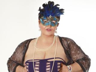 QueenMargot Live