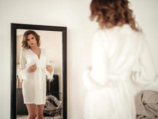 WhiteMoon sexy cam girl