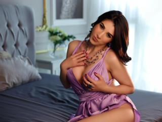 xLoveCam SarraEvanns sex cams porn xxx