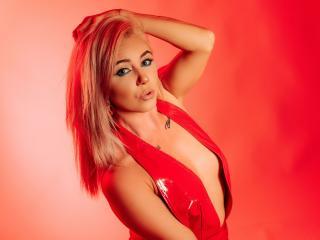 free xLoveCam NickyBlues porn cams live
