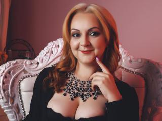 DaphneBoyer Live