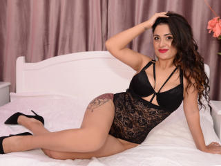 AyllinRubio sexy cam girl