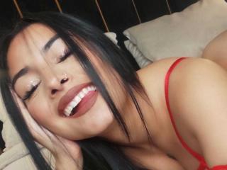 xLoveCam EmilyV sex cams porn xxx