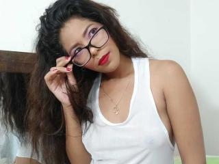 AdharaSexy Chat