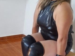 xLoveCam FranchescaFontaine sex cams porn xxx