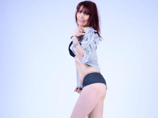 Voir le liveshow de  SylvieMILF de Xlovecam - 39 ans - Wild milf waiting for you with a hot body, lots of toys & clothes & accessories, sound in priva ...