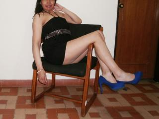 Voir le liveshow de  DoraFrieda de Xlovecam - 34 ans - I only masturbate when someone is watching me, and I really want to ... Help me.