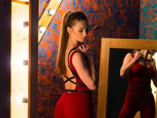 Voir le liveshow de  PartyWithMe de Xlovecam - 21 ans - Sexy and hot