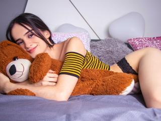 IsabellaHernandeez Live