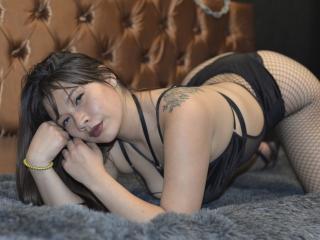 free xLoveCam AmySexyBom porn cams live