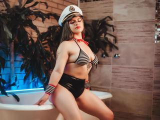 xLoveCam AbbyShiine SexCams