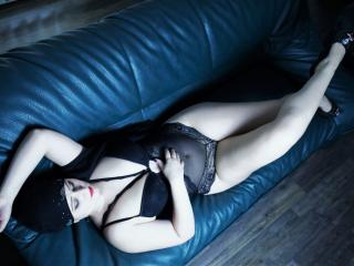 model Asira photo