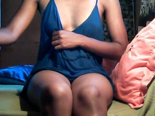 sexy freecams xLoveCam Irissia adult webcams videochat