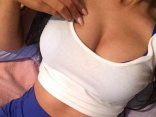 YaraGirl Nude